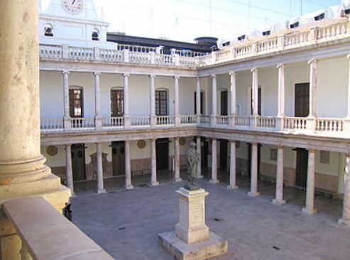 Convenio jurídico con la Universidad de Valencia